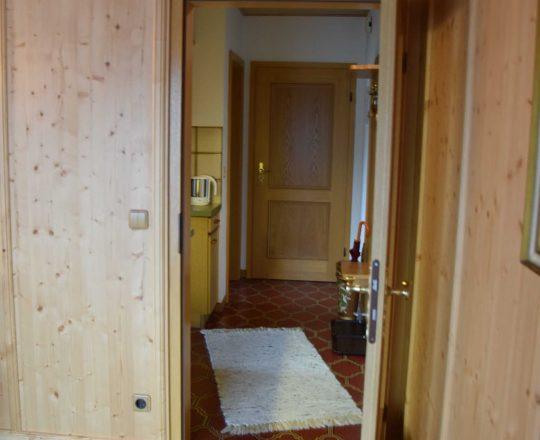 Hotel Ferienwohnungen Brunnthaler Zimmereingang